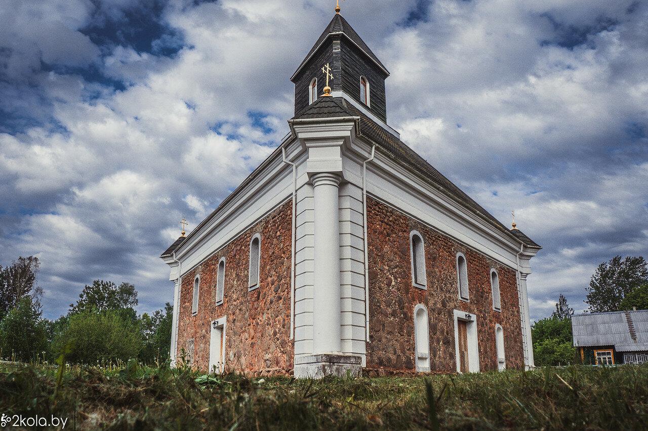 Треугольная церковь в Большой Своротве